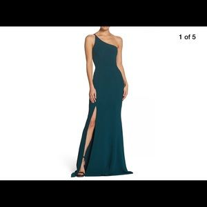 Dress the Population One Shoulder Pine Size Small
